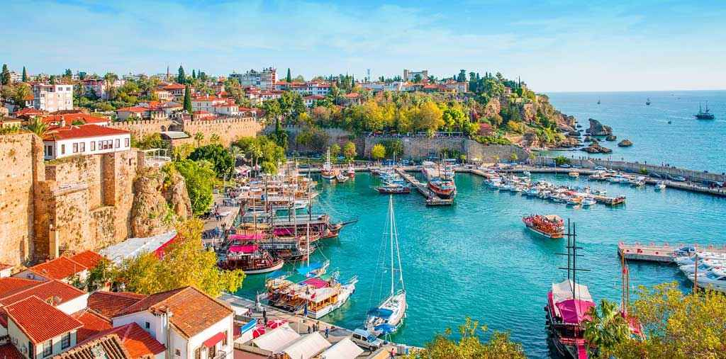 buying real estate, turkish citizenship by investment