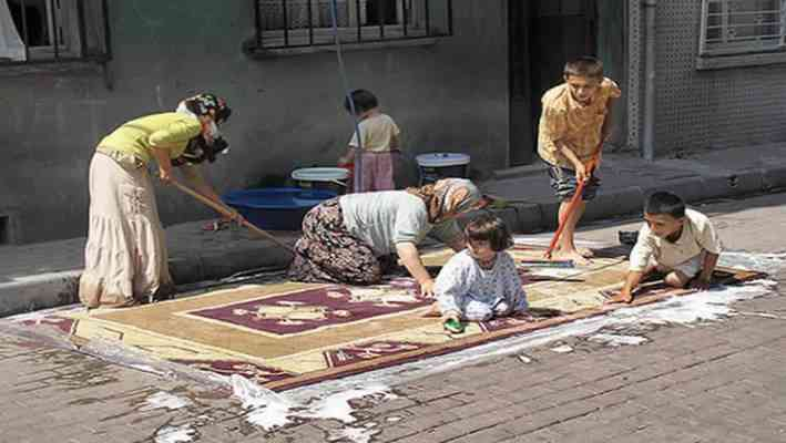Carpets Washed in the Streets