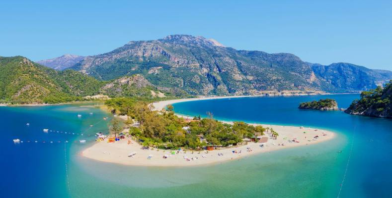 The 5 Best Family Beaches in Turkey You Should Visit in 2021